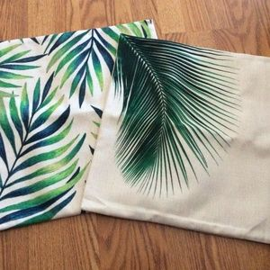 Pair of Leafy Indoor/Outdoor Pillow Covers
